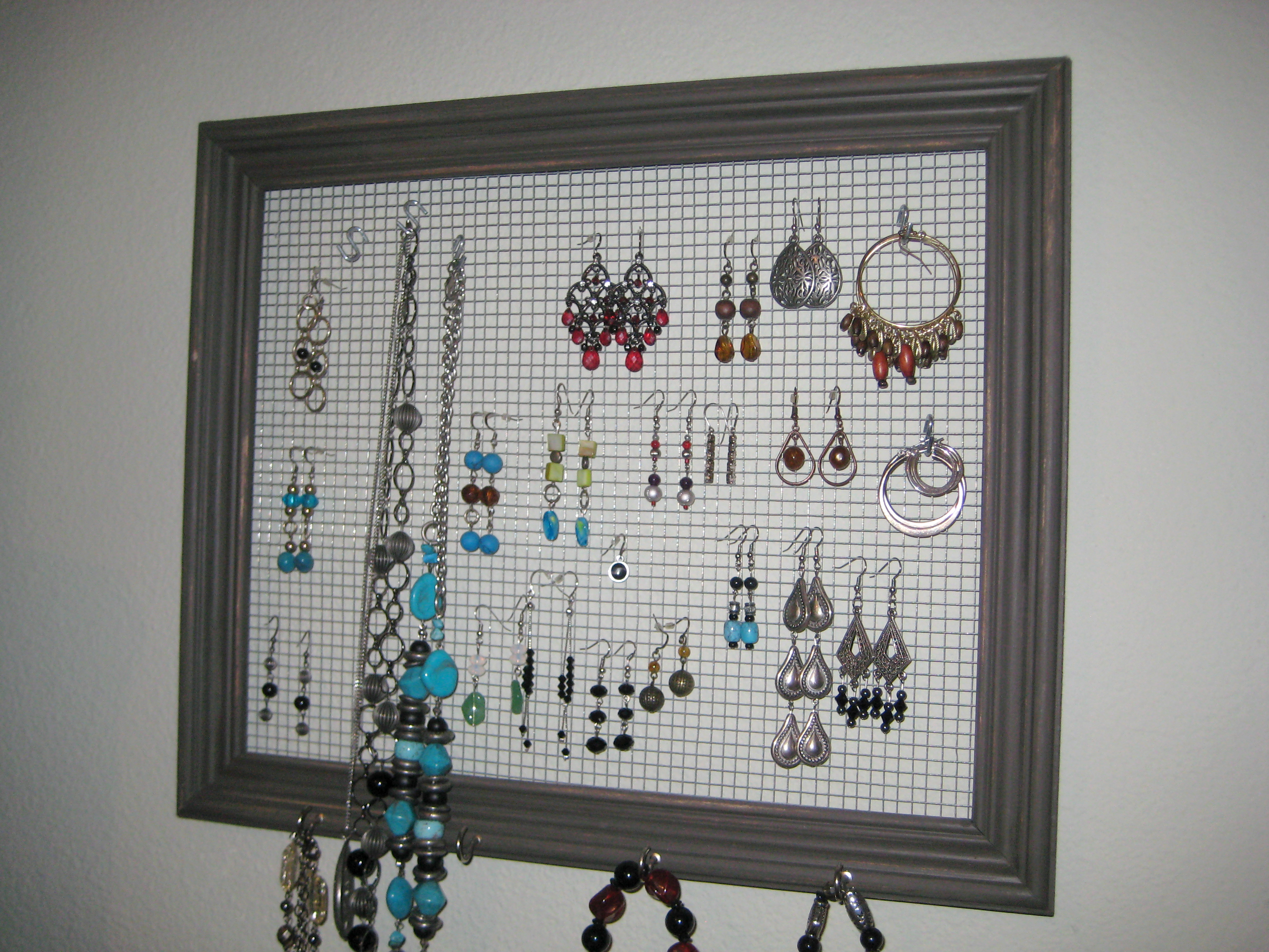 Jewelry Holder Frame Upcycle }Love My DIY Home}