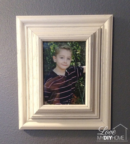 Upcycle your old picture frames into a treasure