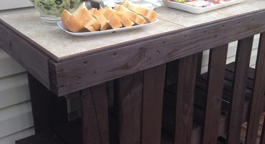 Pallet Project – DIY Deck Island