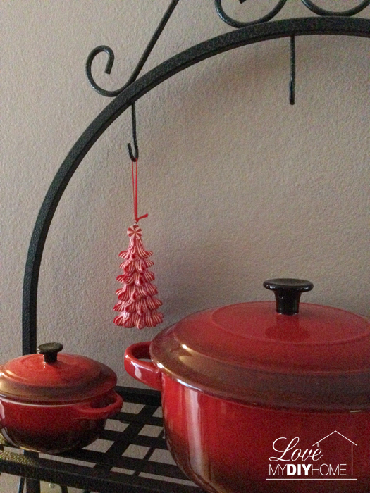 Christmas in Crisis {Love My DIY Home}